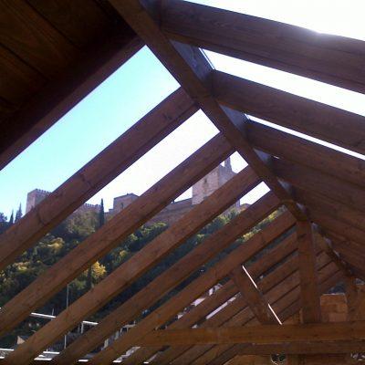 Carpinteria de madera en granada trabajos a medida - Empanelados de madera ...