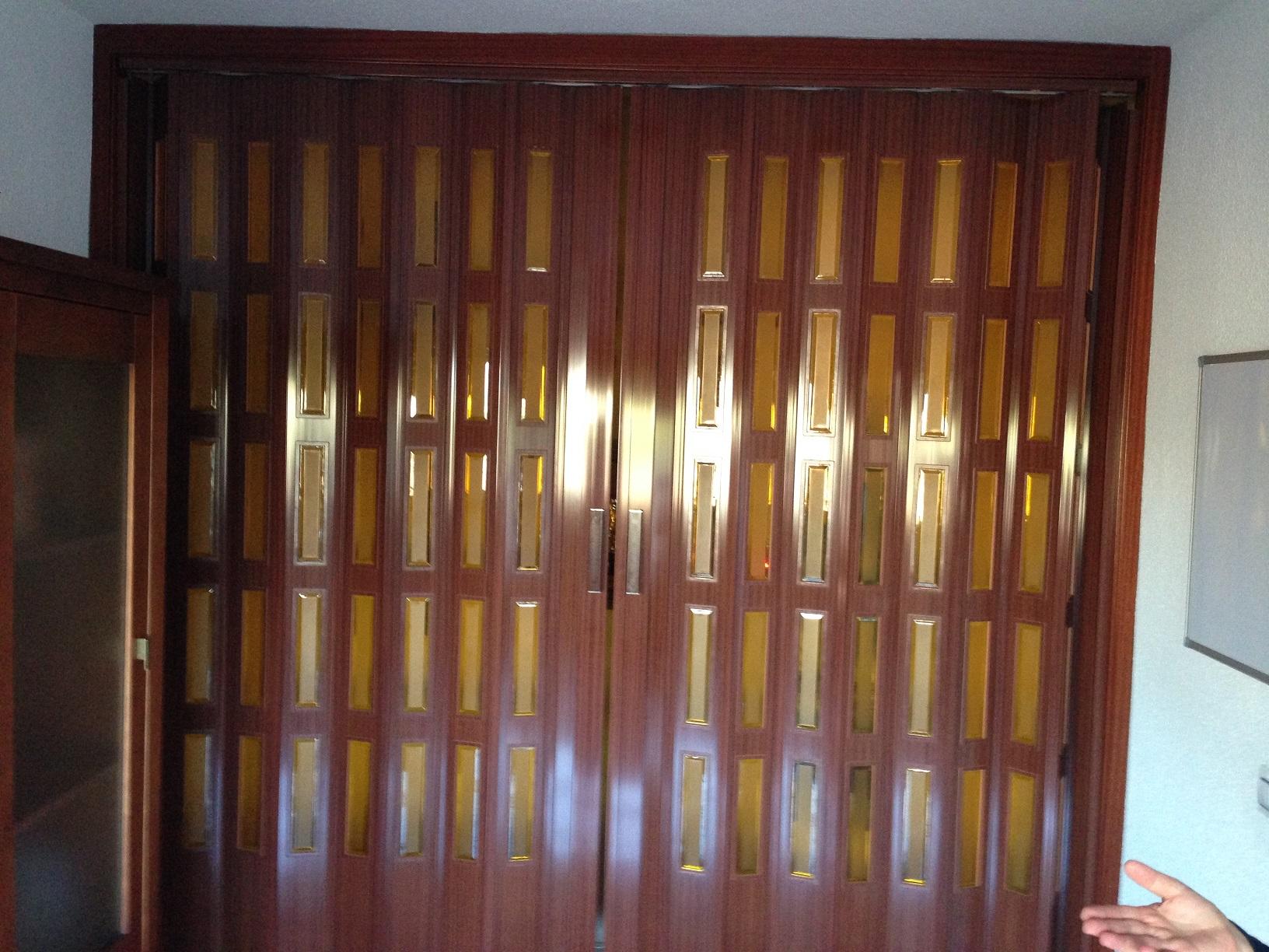Puertas correderas de fuelle plegables carpinteria - Puerta de fuelle ...