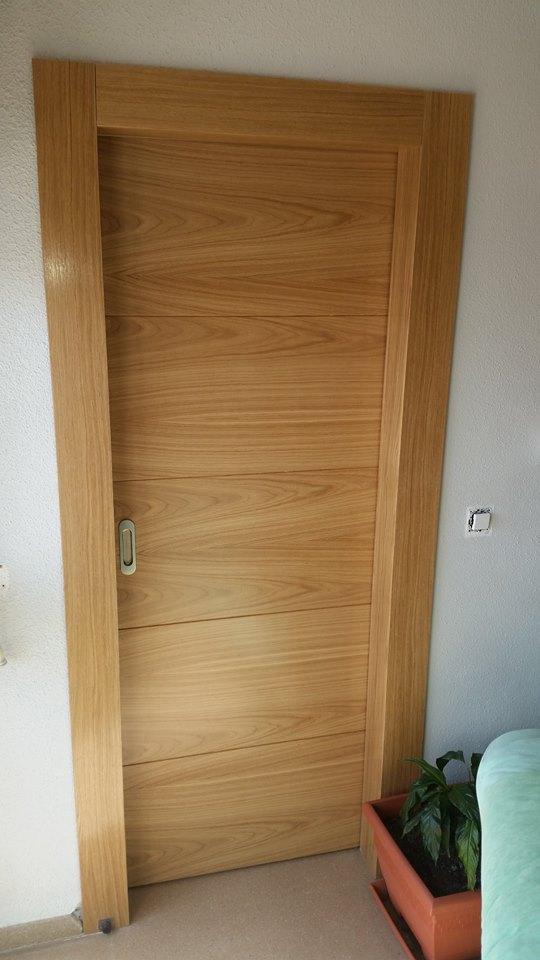 Trabajos realizados puertas de paso interior de madera for Puerta corredera interior madera