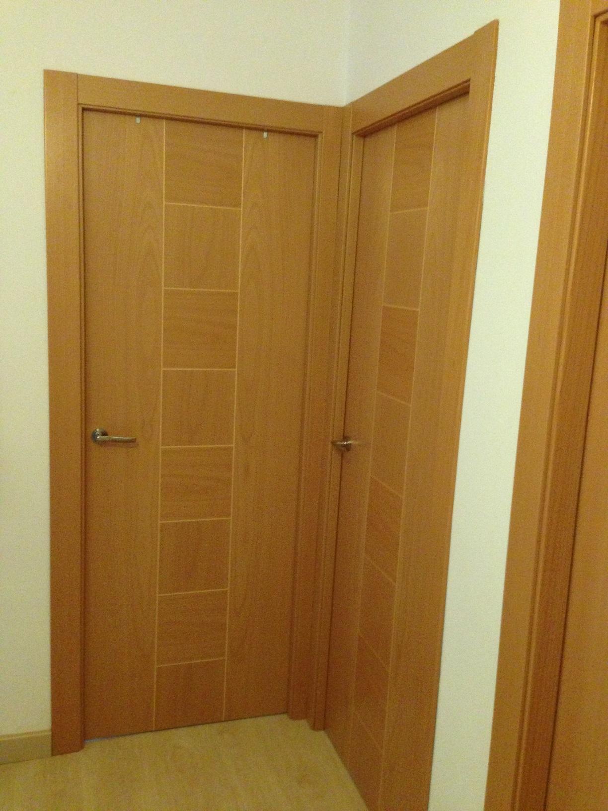 Trabajos realizados puertas de paso interior de madera for Puertas de paso baratas