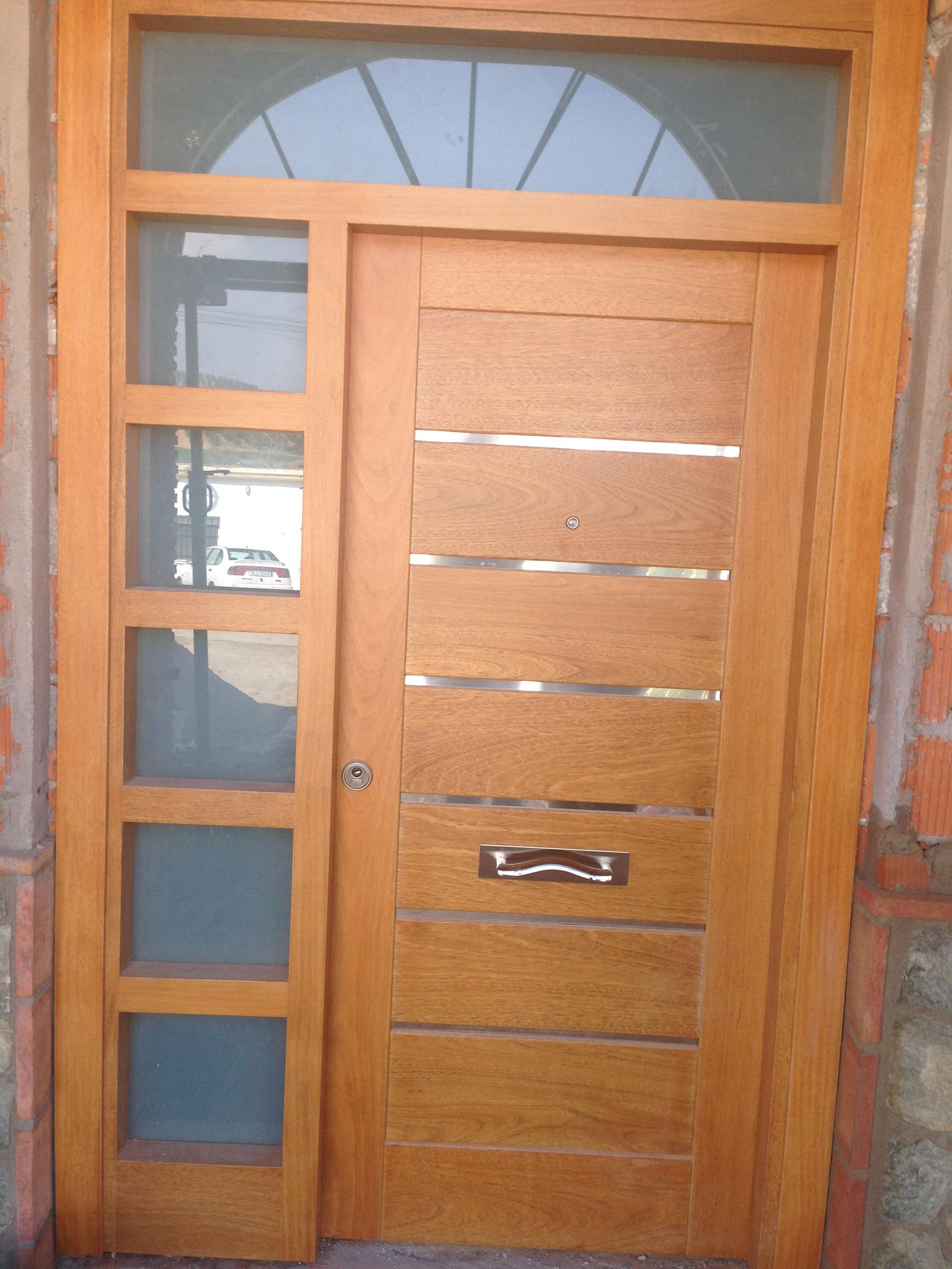 Carpinteria granada puertas armarios tarimas movidecor - Puertas blindadas a medida ...