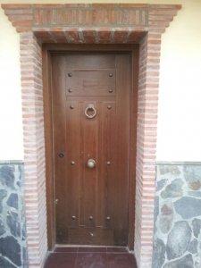 Puerta acorazada exterior