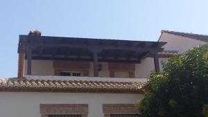 Pergola de madera para terraza