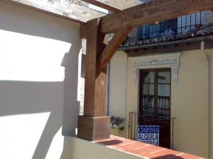 Techo de madera en Granada hecho a medida en taller
