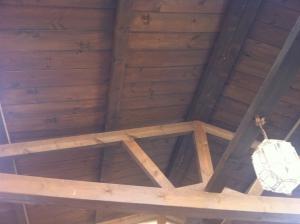 Techo de madera maciza