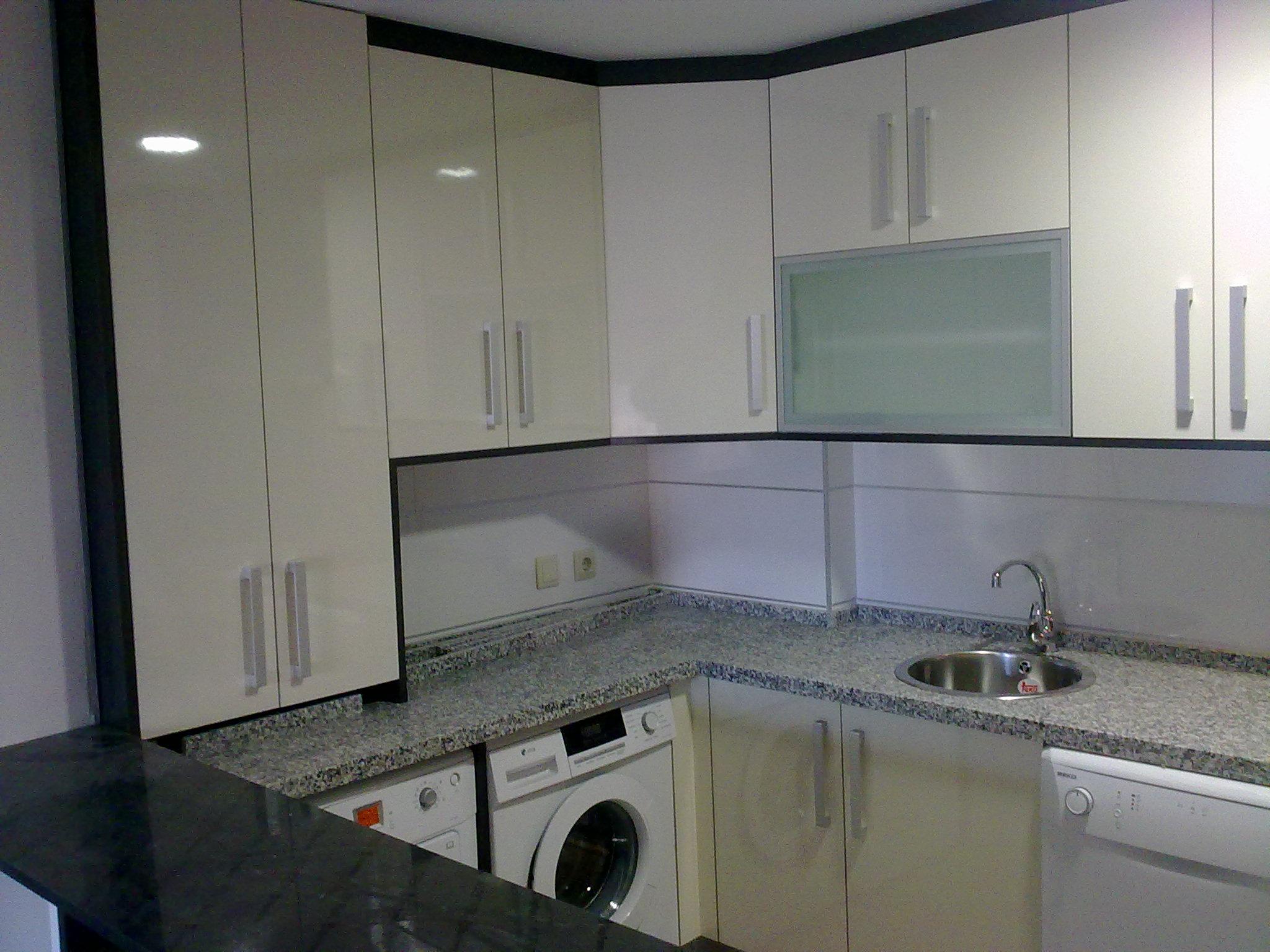 cocinas-lacadas-en-blanco
