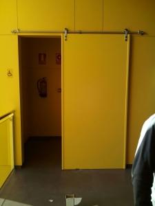 puertas-corredera-especiales