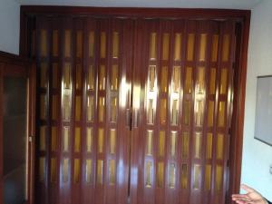 puertas correderas en Granada de pvc