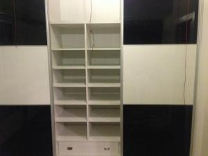 Modulo central en interior de armarios