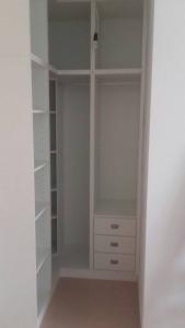 armario-vestidor-en-l