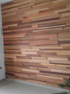 panelado de madera con listones