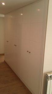 armario empotrado blanco en Granada ya terminado