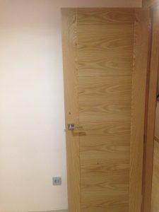 puerta de interior a medida para instalación en Granada capital