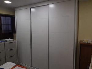 armario empotrado a medida lacado en blanco
