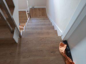 instalación escalera de madera en granada 2