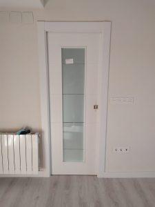 Puerta lacada cristal biselado