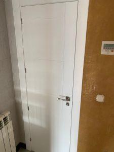 Puerta lacada 5 rayas