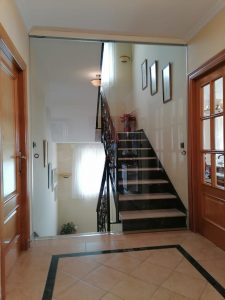 puerta de cristal grande Granada